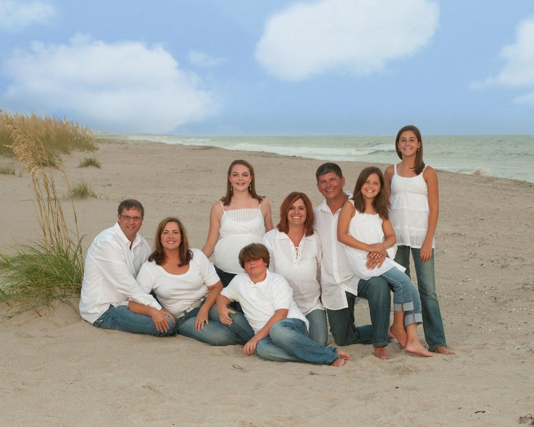 Beach Family portrait, Casual Family Photo, Dalton, GA, Chattanooga, TN, Fayetteville, NC