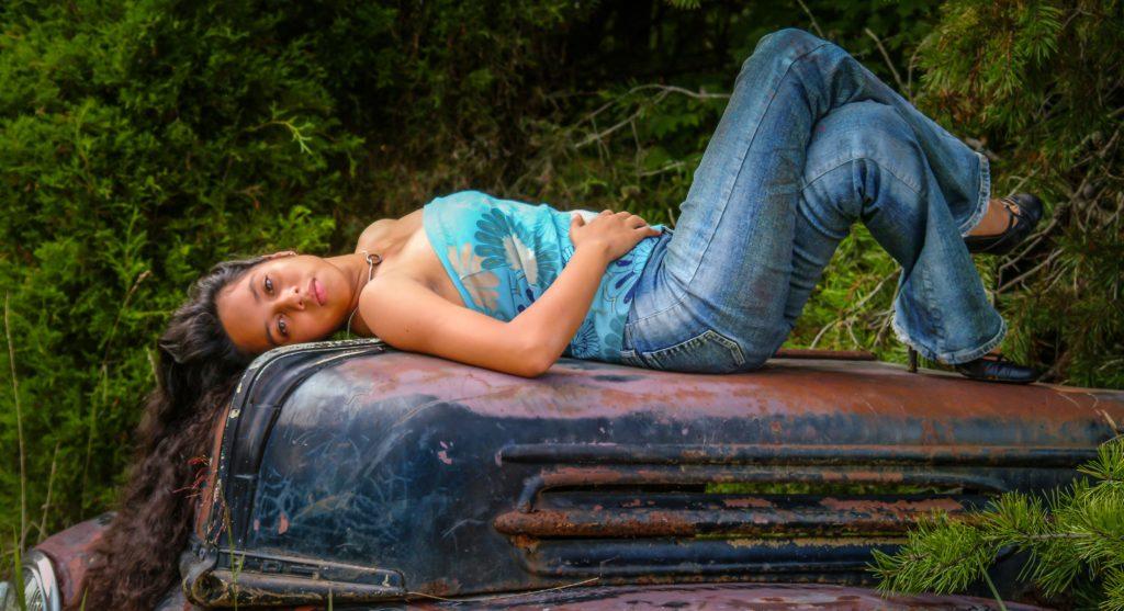 Senior Girl in Jeans on Car, Casual, Dalton, GA, Chattanooga, TN, Dalton High School, Morris Innovative High School, Phoenix High School, GPS